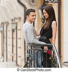 地位, 恋人, カップル。, 若い, 朗らかである, 他, それぞれ, 終わり, 微笑, 情事