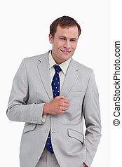 地位, 手, 彼の, ポケット, 微笑, ビジネスマン
