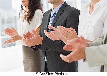 地位, 横列, 拍手喝采する, ビジネス チーム