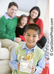 地位, 男の子, 姉妹, 彼の, 保有物, 若い, プレゼント, 親, 背景, クリスマス