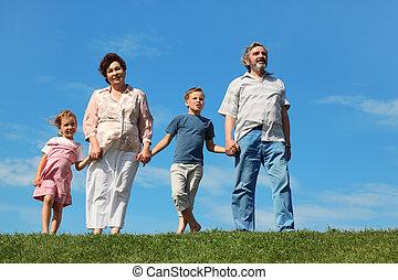 地位, 芝生, grandchilds, 祖父, 祖母, 緑, 手を持つ