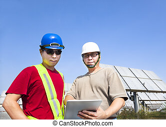 地位, 追跡, 保有物, タブレット, システム, 2, pc, 太陽, 建築業者, 前に, パネル