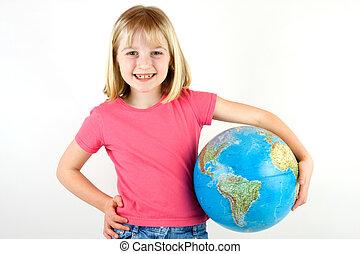 地球を持つ女の子