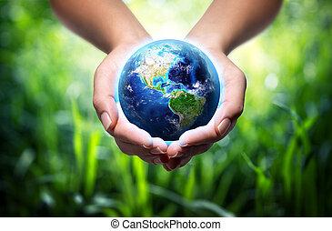地球, 中に, 手, -, 草, 背景