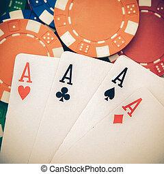 型, ポーカー, 4枚のエース, 上に, a, 背景, ∥で∥, カジノチップ