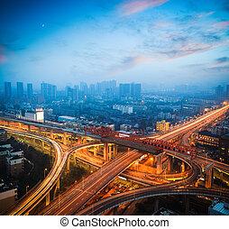 城市, 天橋, 在, 黃昏