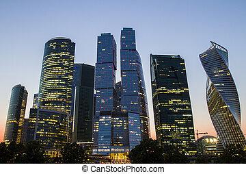 城市, 莫斯科, 背景