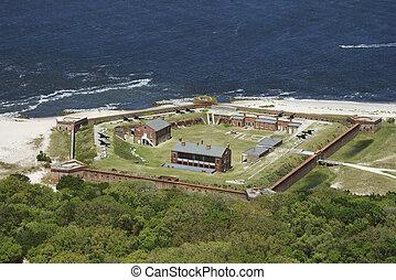 城砦, clinch.