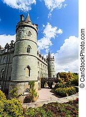 城, スコットランド, 中世