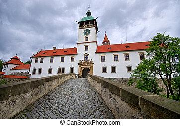 城, 劇的な 空, bouzov