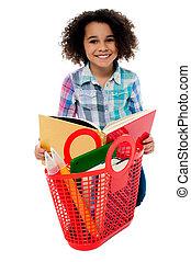 基本的な 年齢, 学校の 女の子, 本を読む