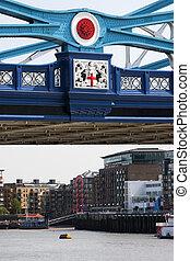 塔桥梁, 在中, 伦敦, 签署