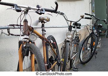 壁, 自転車, いくつか