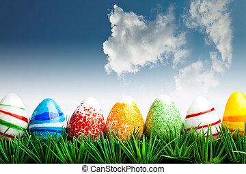复活节蛋, 在中, 绿色的草, 结束, 蓝的天空, 带, 云