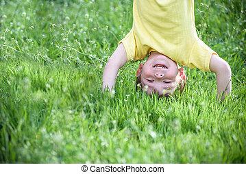 夏の 子供, 肖像画, 下方に, park., 上側, 屋外で, 遊び, 幸せ