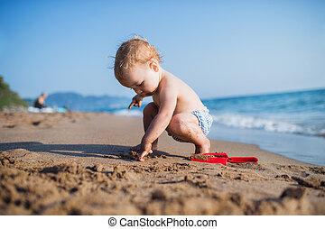 夏, モデル, playing., 休日, 小さい, 女の子, よちよち歩きの子, 浜