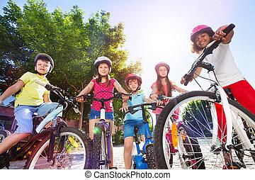 夏, 公園, ∥(彼・それ)ら∥, bicycles, 子供, 幸せ