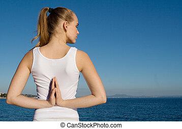 夏, 女, ヨガ, 弛緩, ポーズを取りなさい, 休暇, 海, リラックス, 瞑想