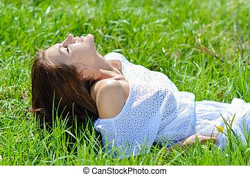 夏, 女, 若い, 不足分, 緑の白, 草, 服, あること, 幸せ