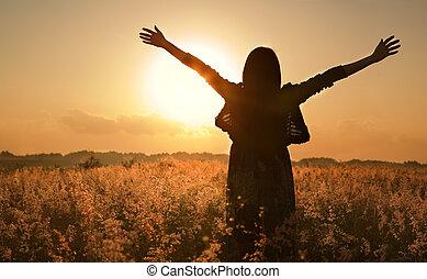 夏, 待つこと, 女 シルエット, 太陽