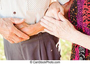 夏, 恋人, 公園, 年配, 手を持つ