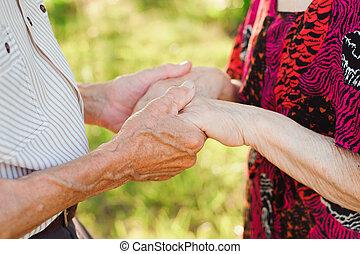 夏, 恋人, 年配, park., 手を持つ