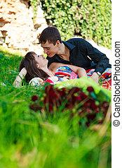夏, 恋人, 恋をもて遊ぶ, 公園, 若い, 幸せ