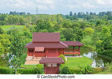 夏, 木製の家, 公園, 緑の森林