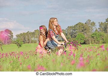 夏, 自転車, 牧草地, 女の子, 自転車乗馬, ∥あるいは∥, 幸せ