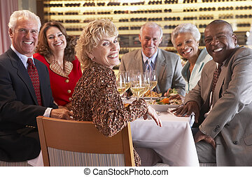 夕食, 友人, 持つこと, 一緒に, レストラン