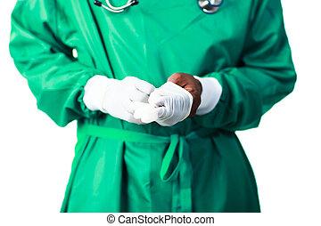 外科醫生, 放上, 他的, 手套