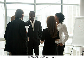多様, 微笑, ビジネス 人々, 持つこと, 会話, 地位, tog