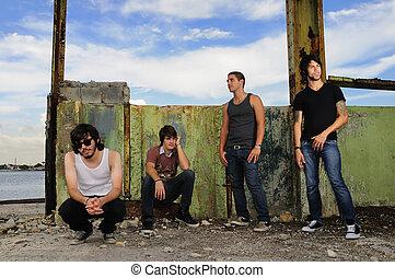 多种多樣, 男性的青少年, 組, 在, grunge, 背景