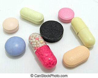 多种顏色, 藥丸