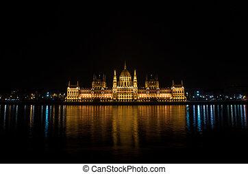 夜晚, 細節, ......的, the, 議會建築物, 在, 布達佩斯, 匈牙利