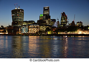 夜, ロンドン