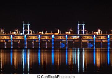 夜, 水力発電である, ダム