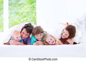大きい, ベッド, 家族, 幸せ