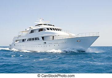 大きい, モーター, ヨット, 下に, 方法, 海で
