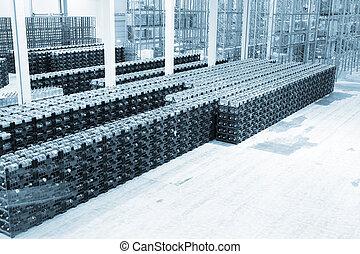 大きい, 憲法, ∥ために∥, 貯蔵, の, 完成財, ∥において∥, a, 工場, 上に, 製造, の, 天然水