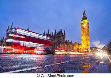 大本鐘, 在, 倫敦, 城市, 夜晚場景, 由于, 交通