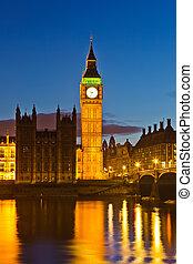 大本鐘, 夜間, 英國