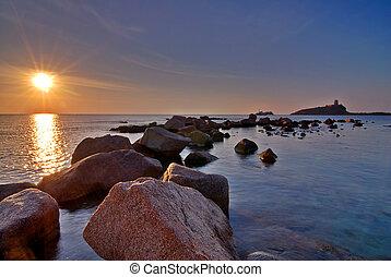 大石头, 同时,, 日出