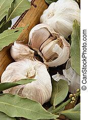 大蒜, 以及, 海灣葉片