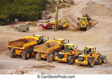 大, 卡車, 卡車, 以及, 拖拉机, 在, a, 采石場