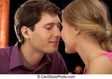 夫妇, 大约, 亲吻