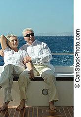 夫婦, 有, 小船乘駕