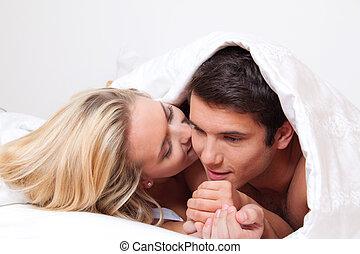 夫婦, 有, 樂趣, 在, bed., 笑聲, 快樂, 以及, 色情