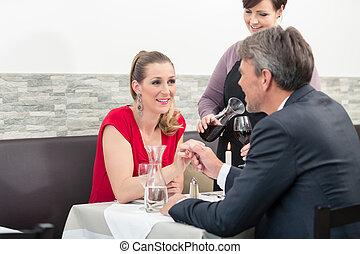 夫婦, 約會, 餐館