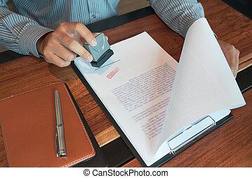 契約, concept., ローン, インク, 公衆, notary, スタンパ, 押すこと, シール, ビジネスマン, お金, appoval, 手, 公認, 形態, 文書, 契約